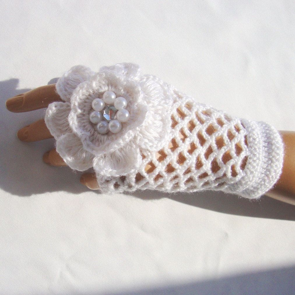 Bridal Gloves, Hand Crochet White Lace Gloves, Mitten, Half Finger ...
