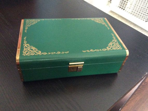 Vintage...Jewelry box...Green and gold...Hard by TravellingTracey