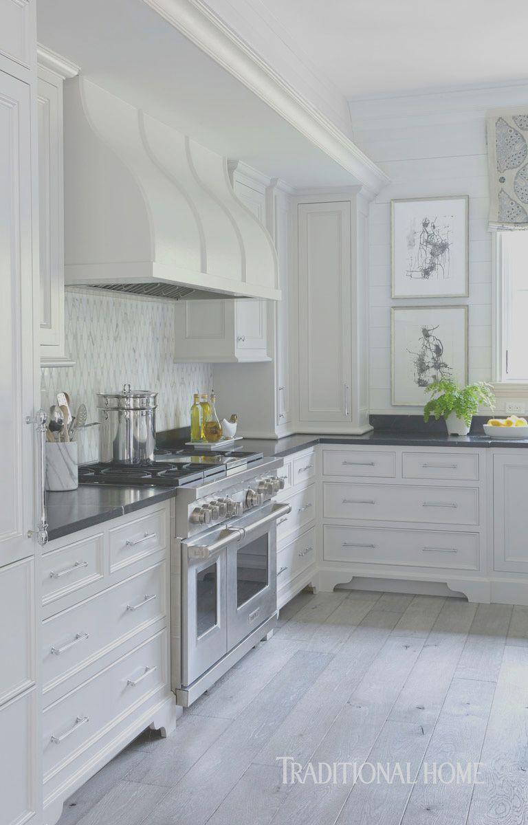 9 Peaceful Pretty Kitchens Photos In 2020 Kitchen Soffit Outdoor Kitchen Cabinets Kitchen Cabinet Remodel
