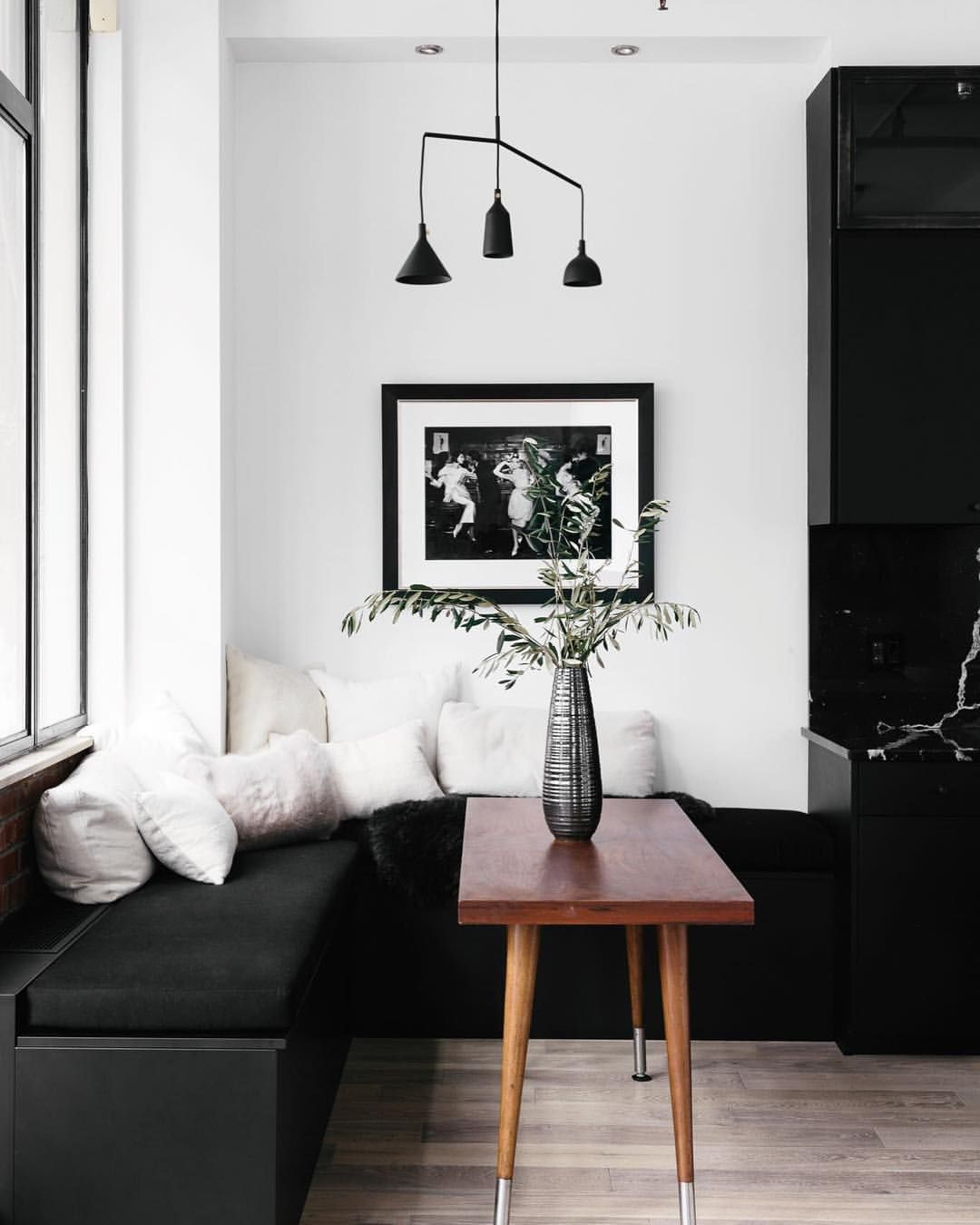 Black And White Cafe Style Dining Room Decor Kitchen