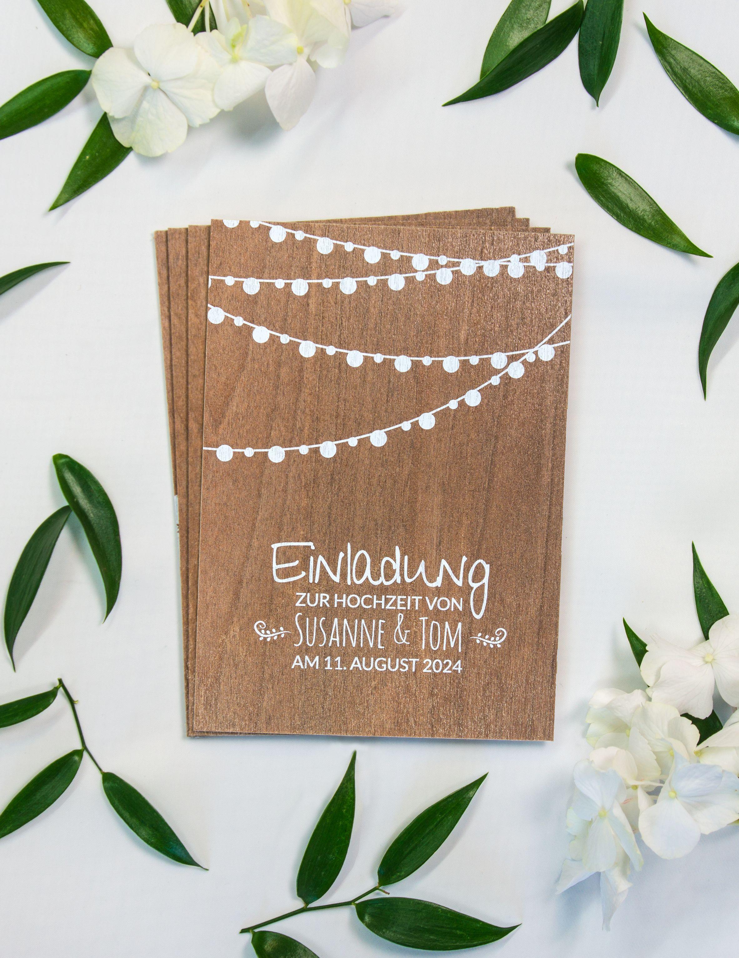 Einladungskarte Aus Holz Lampions Bei Uns Konnen Sie Ihre Eigenen