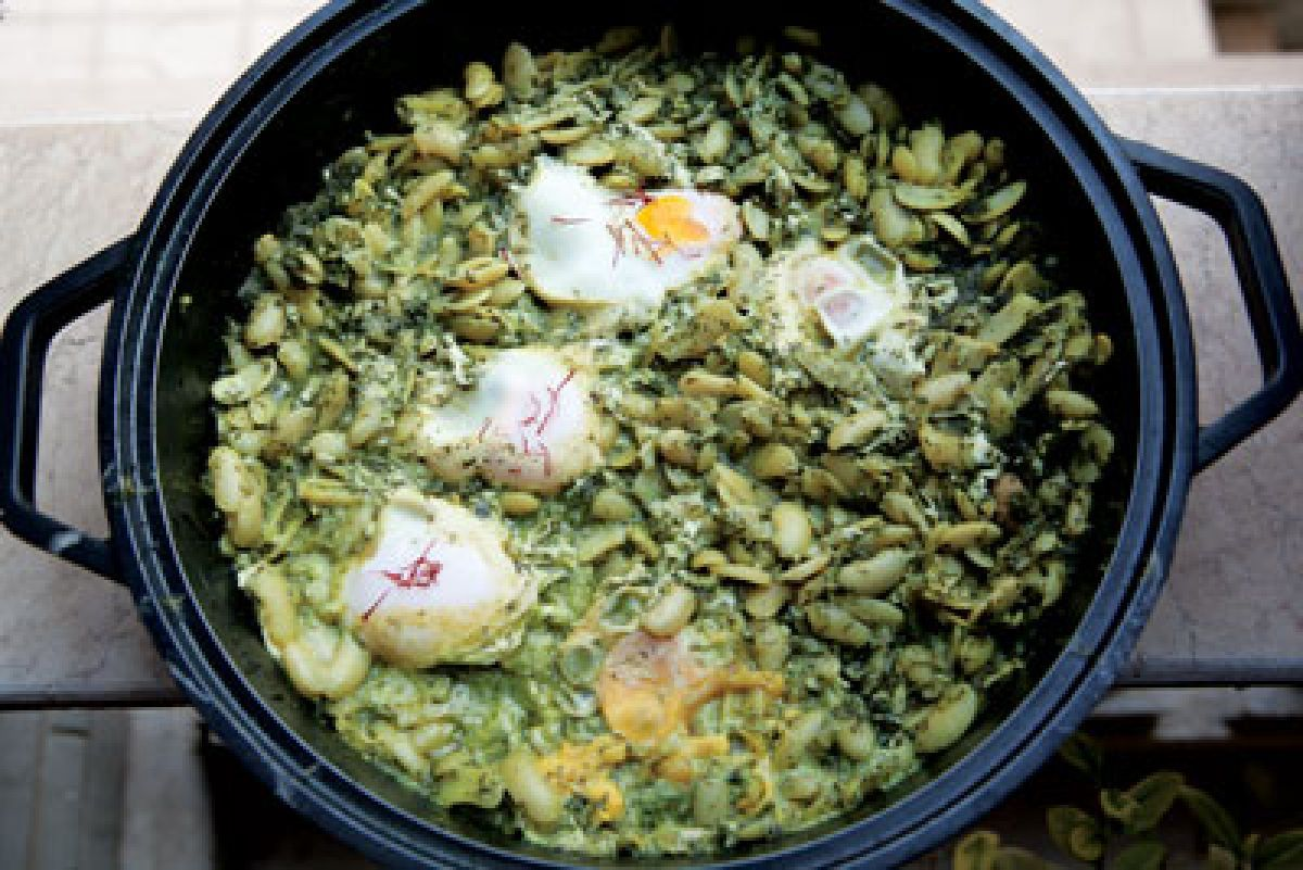 Lima beans with eggs and dill baghali ghatogh iranian