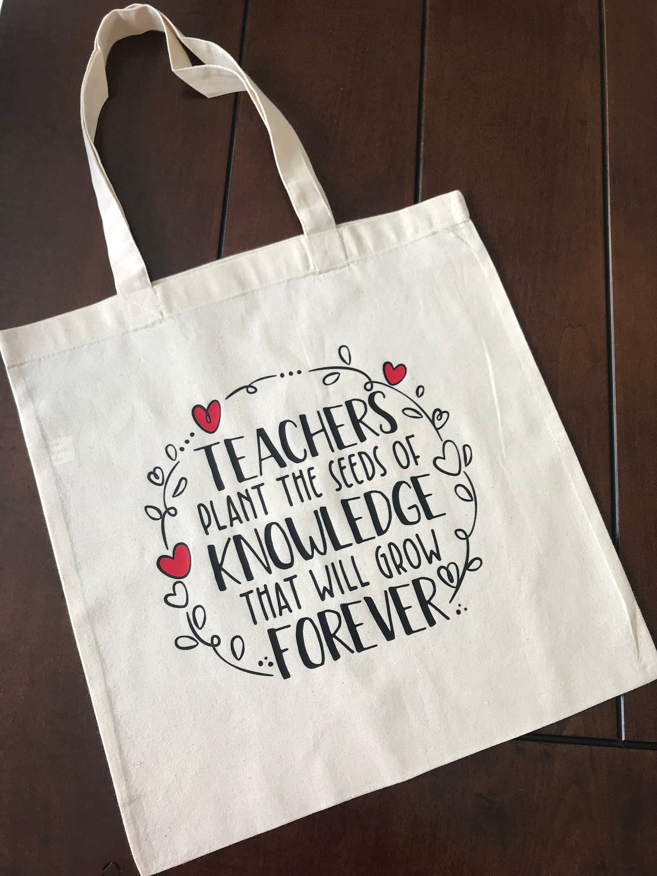can be fully personalised Teachers plant seeds of knowledge that grow forever Tote Bag