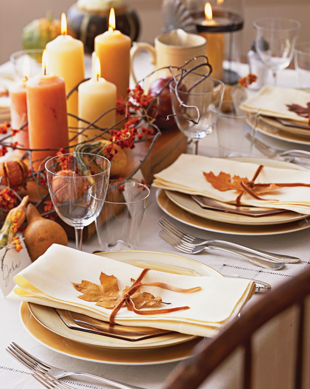 7 Ideas For Beautiful Fall Table Decorations Thanksgiving Table Decorations Thanksgiving Dining Room Table Fall Table Decor