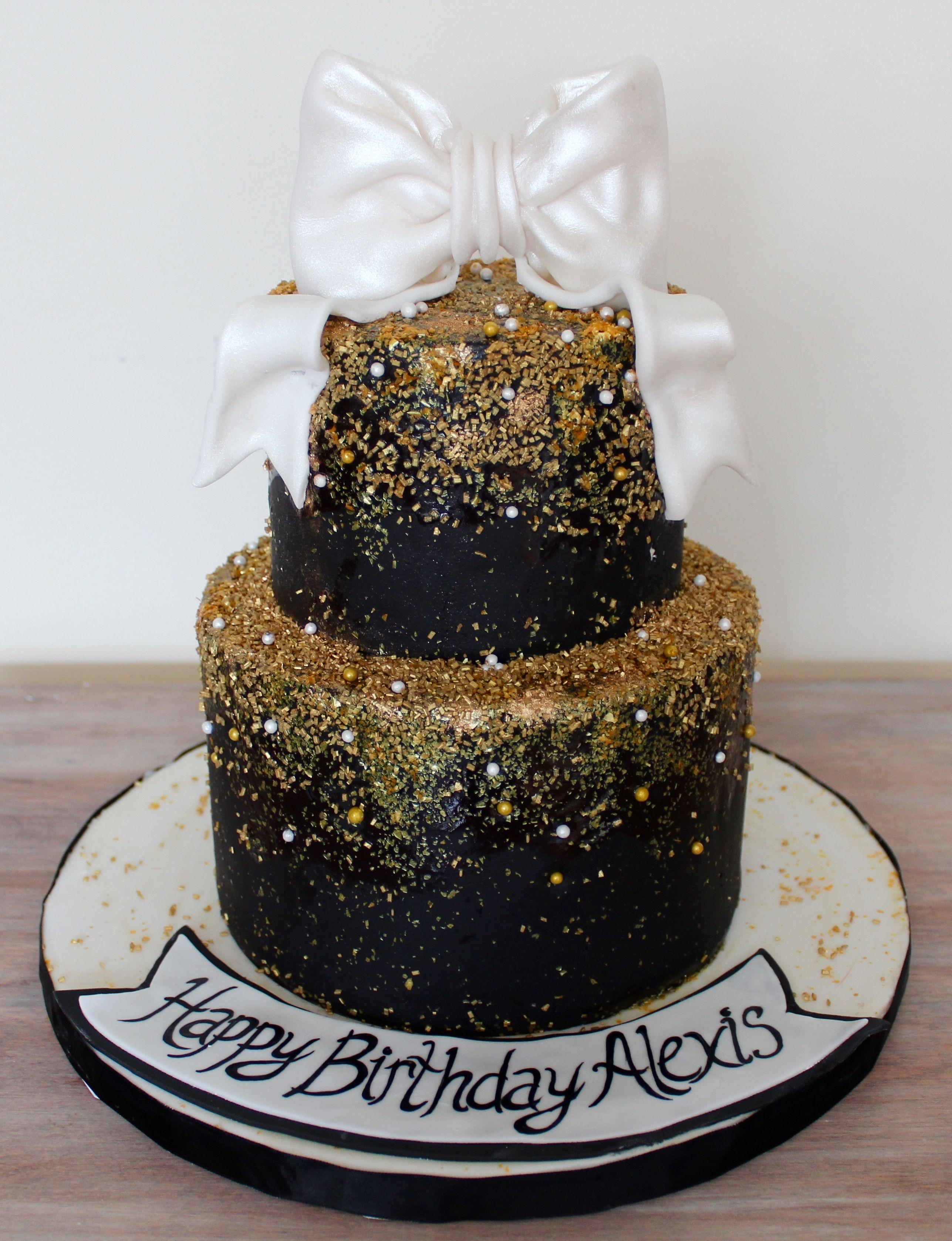 White Black Amp Gold Birthday Cake Classe Elegant With Gold