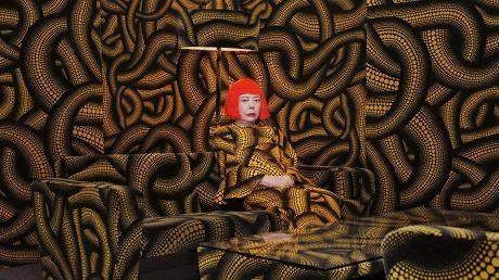 Pilkuillaan maailman valloittanut Yayoi Kusama on aikansa merkittävimpiä taiteilijoita. http://www.hs.fi/m/paivanlehti/08102016/a1475814642086