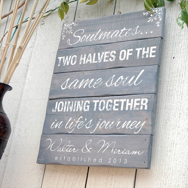 Wedding Gift Sign On Wooden Pallet