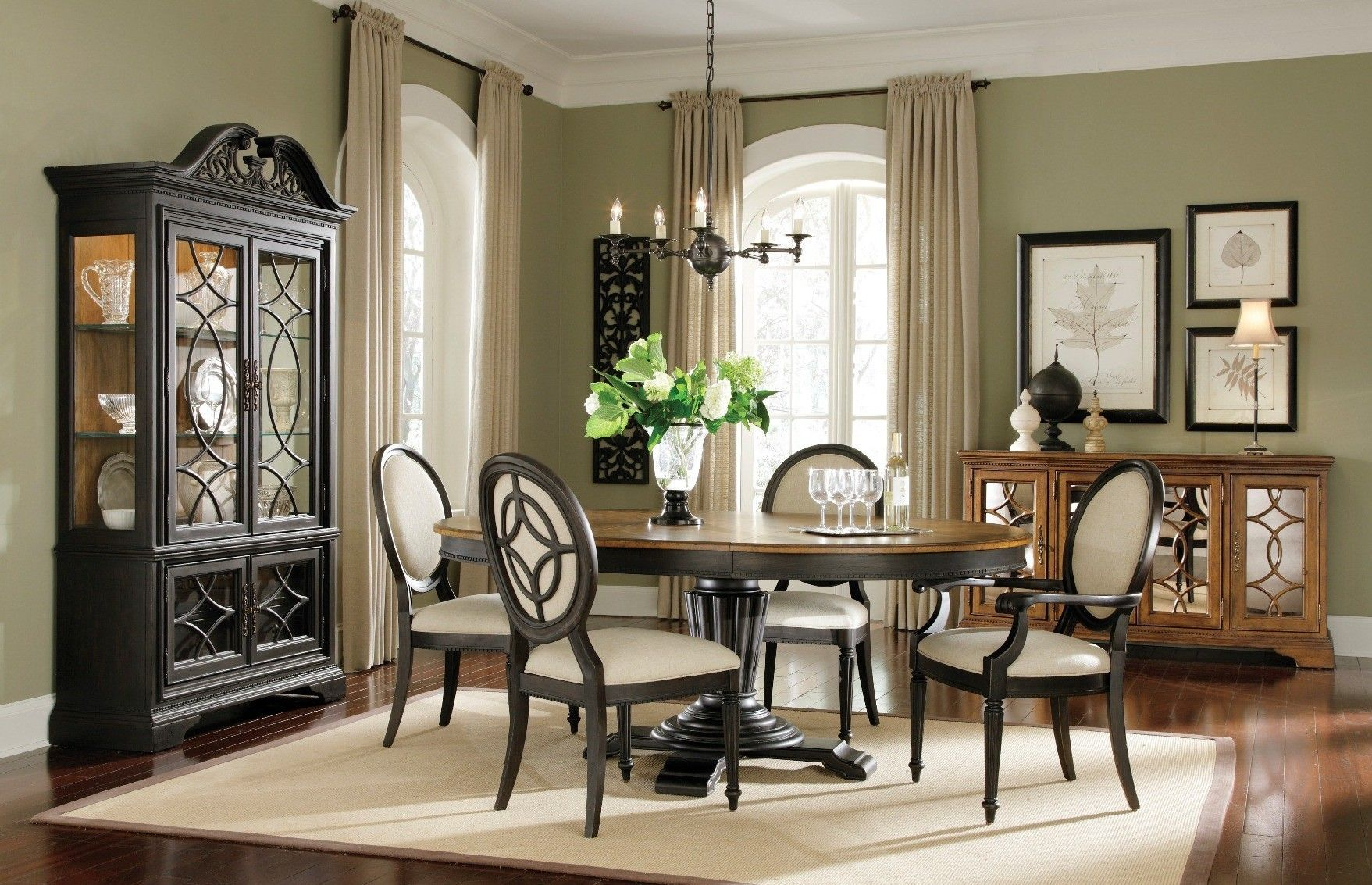 Unique american dining room design light of dining room for Cool dining rooms