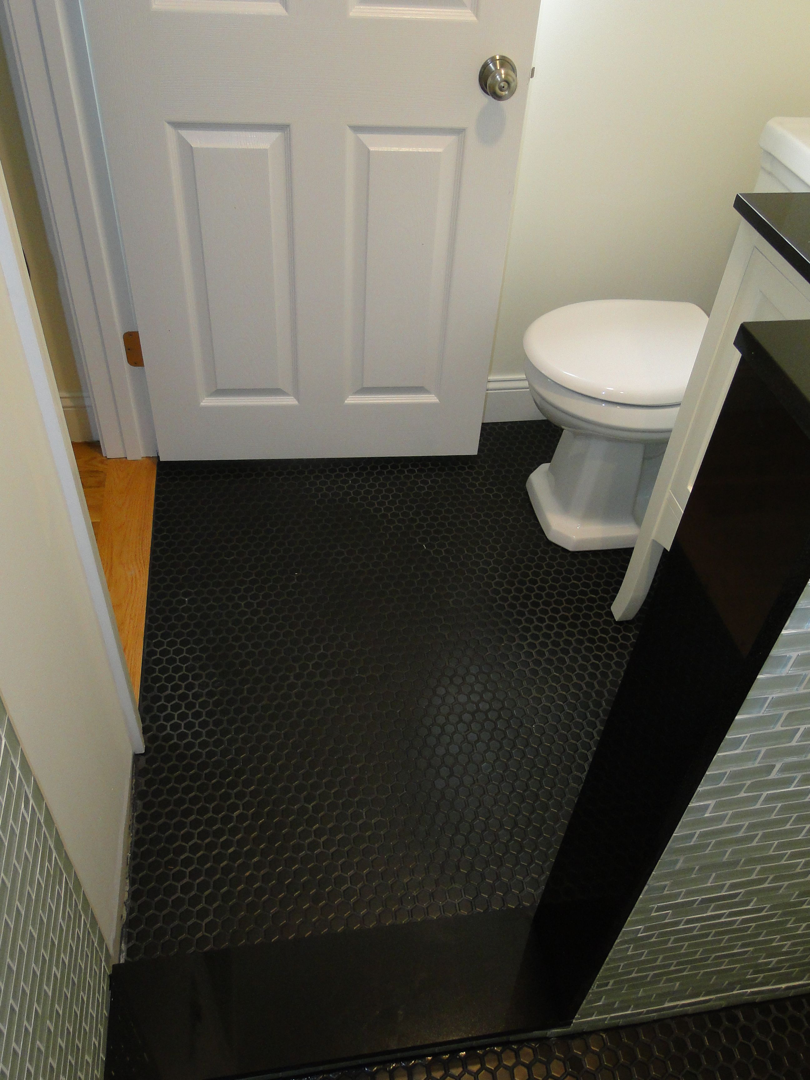 Black Highgloss Concrete Paint For Bathroom Floor
