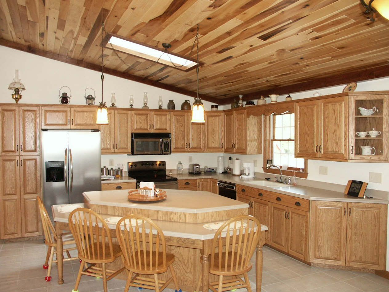 Rustic Hickory Kitchen Cabinets Trash Can For 20 Design Ideas Are Beautiful Additions Any Such As It Resembles A Classic Elegance And Sturdy