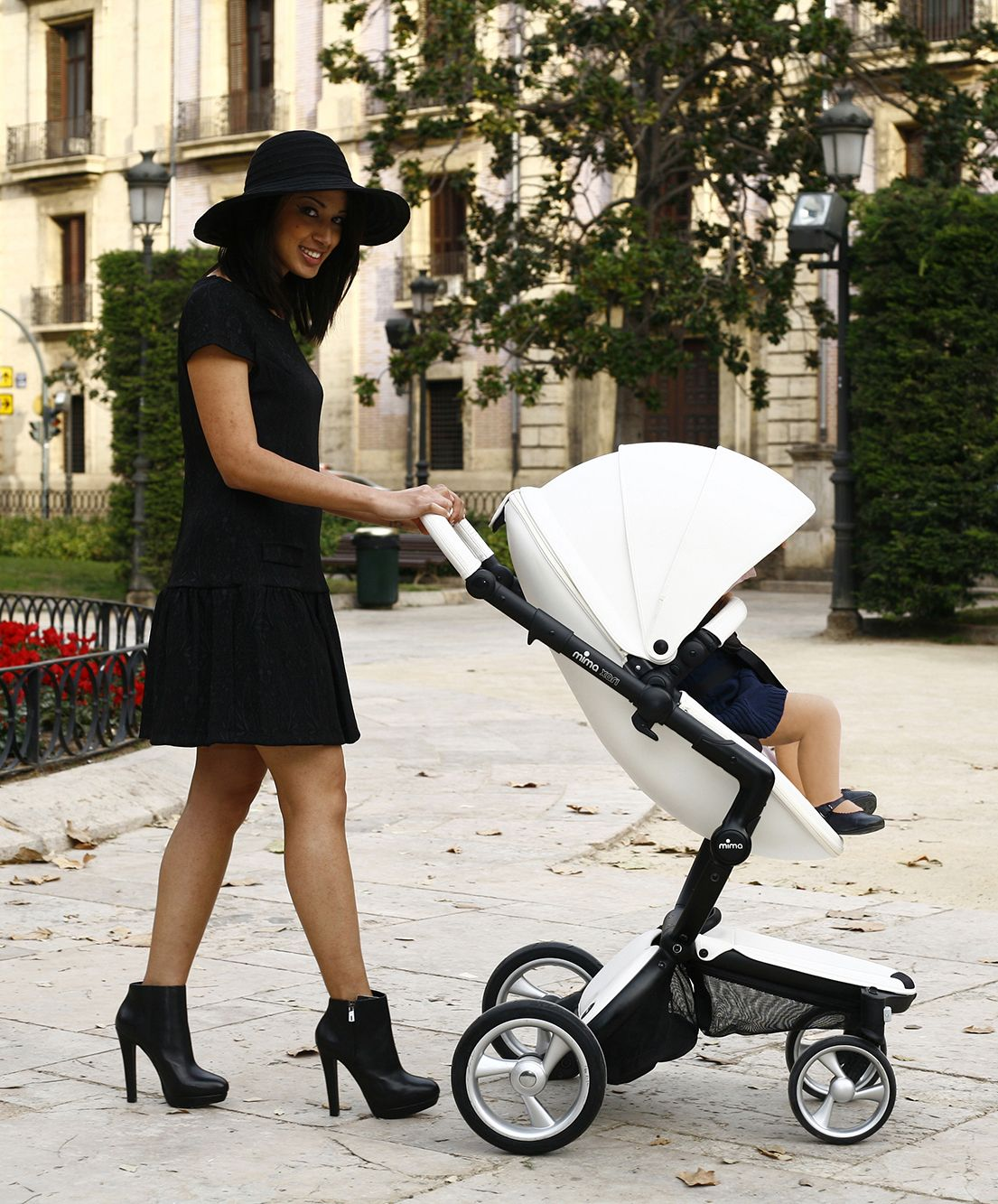 Mima Xari Stroller Snow White and Black Stroller, Mima