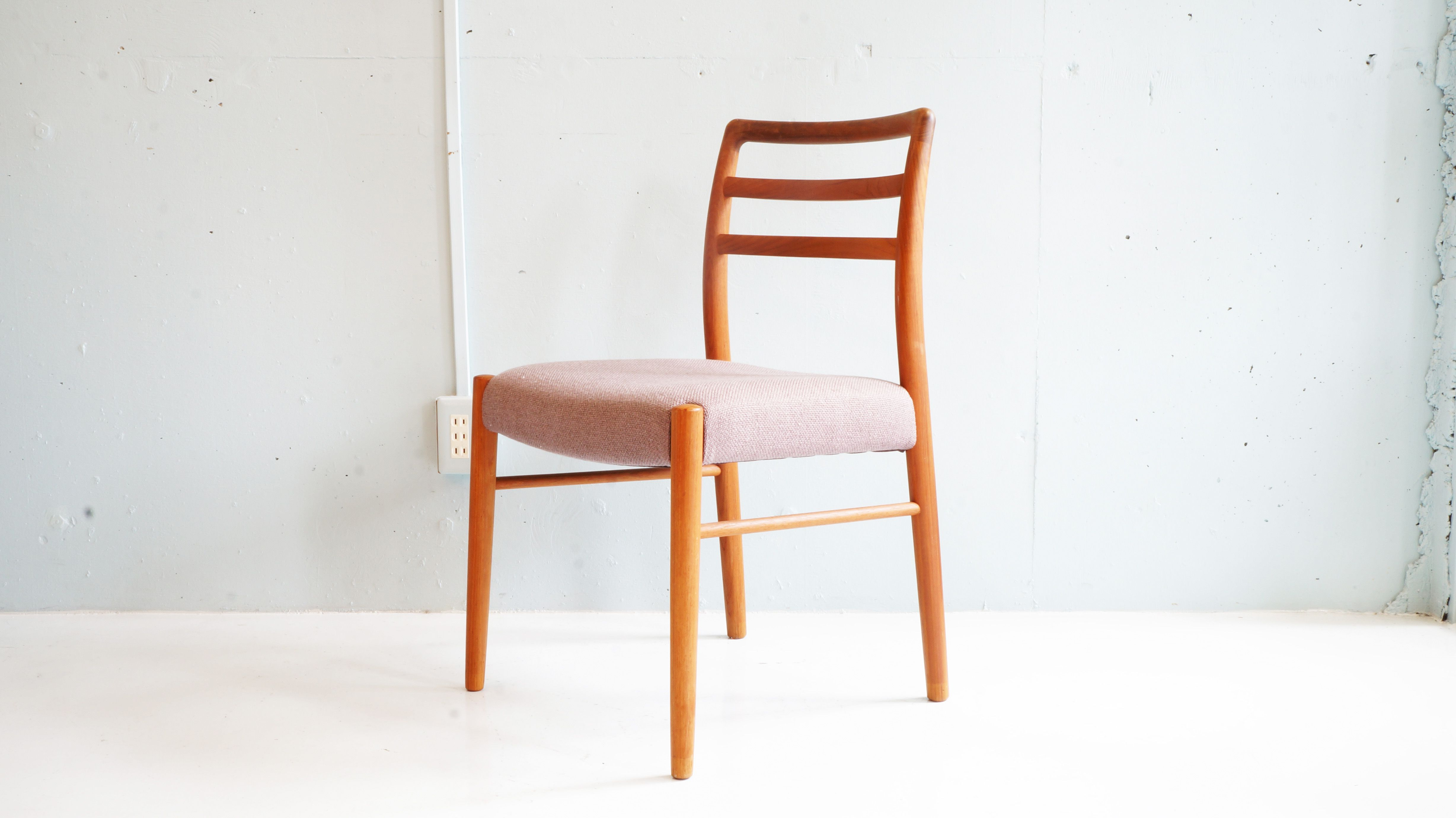 Teak Wood Dining Chair チーク材 ダイニングチェア Warm Pinterest