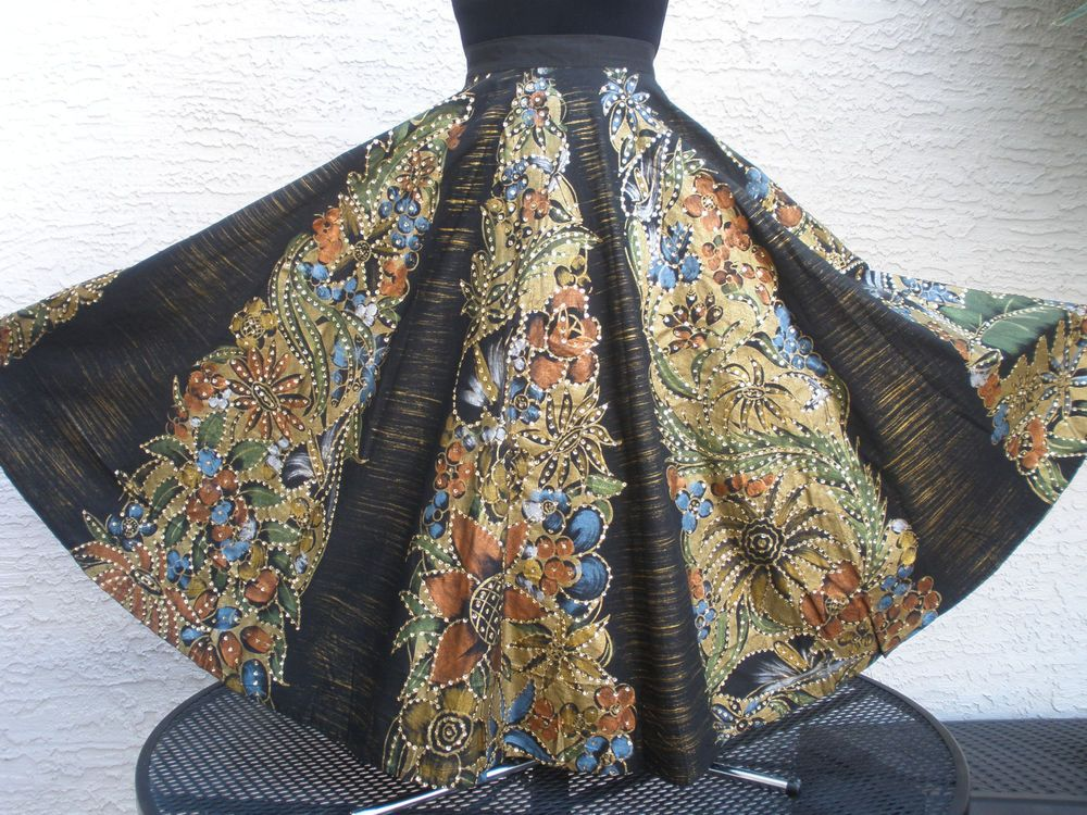 VTG Hand Painted Mexican Circle Skirt Sequins & floral BEAUTIFUL