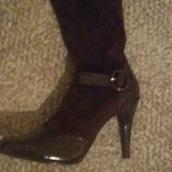 Women's Boots and Purse Suede and Patent Leather Boots and Small Purse Other