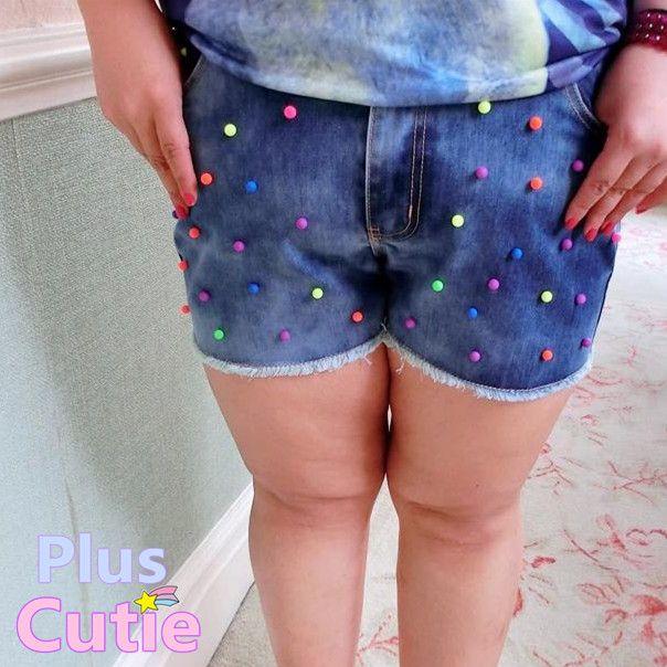 "#spreepicky #pluscutie #plussizeshort #jeanshort #fluorescence-rivets #freeship  Free Shipping Worldwide  Material: Jean   Color: Blue  Size:   32: Waist:82cm/32.23""  Hipline:103cm/40.48""  Bottom Leg:59cm/23.19""  Front Crotch:26cm/10.21""  Length:33cm/12.96""  34: Waist:87cm/34.19""  Hipline:108cm/42.44""  Bottom Leg:61cm/23.97""  Front Crotch:27cm/10.61""  Length:34cm/13..."