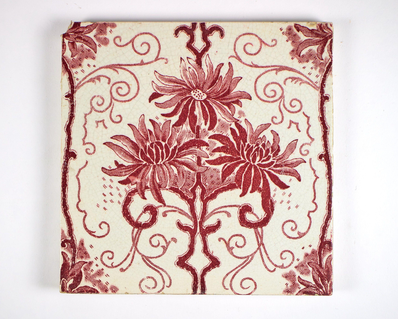 Art Nouveau Pink Flower Pottery Tile