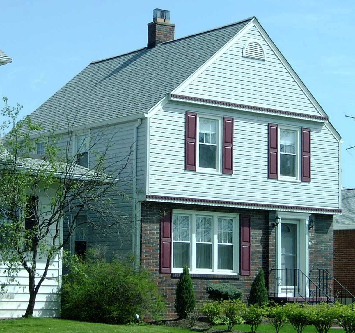 Top Siding Bottom Brick Roofing Siding Contractors House Styles