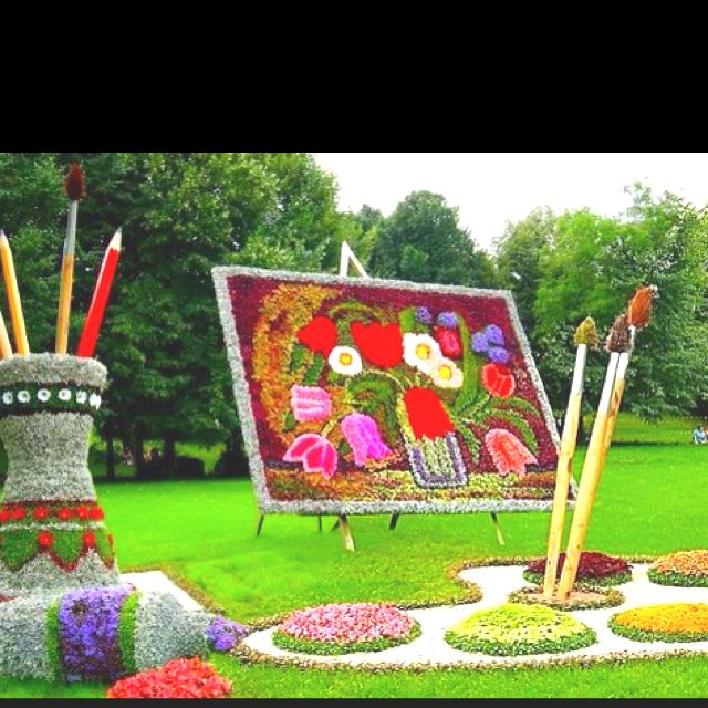 yard art wow wish i had the room to do this lawn art on wow awesome backyard patio designs ideas for copy id=96100
