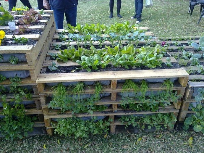i dont have a space problem in my garden but this is a great idea if you do 20 creative ways to upcycle pallets in your garden using pallets both - Garden Ideas With Pallets