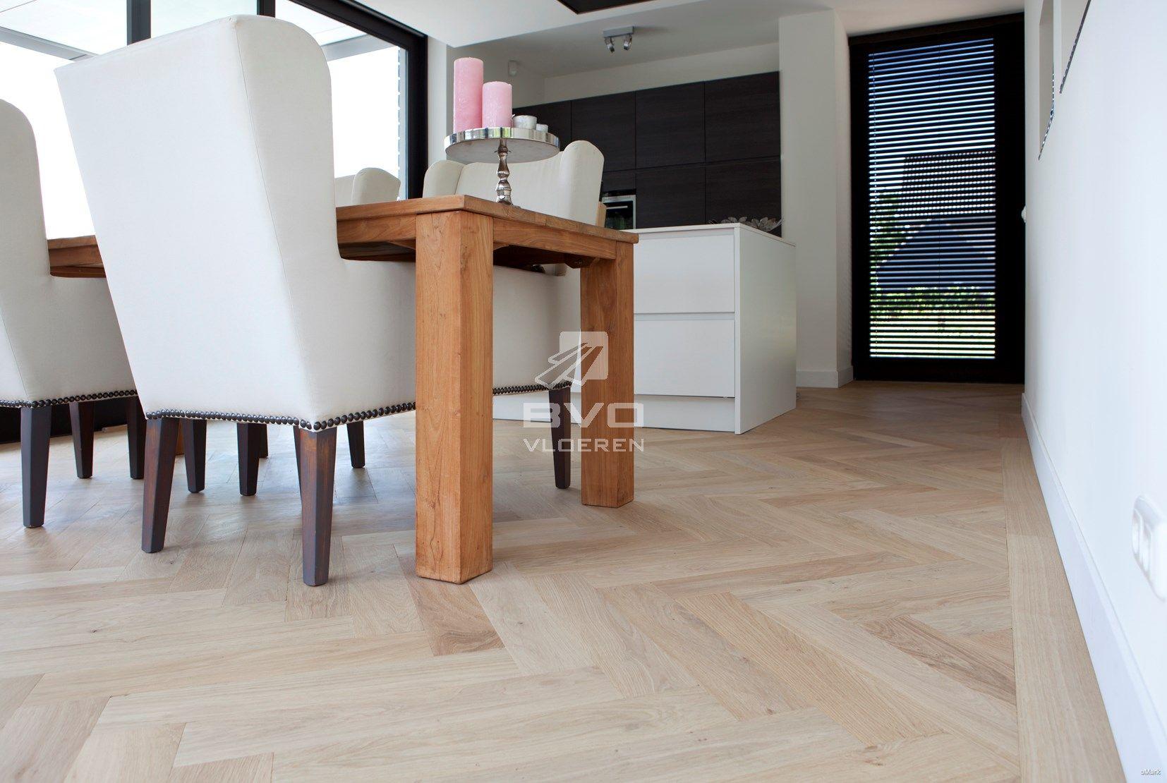 Visgraat Vloer Keuken : Visgraat vloer gelakt onbehandelde uitstraling stoere houten
