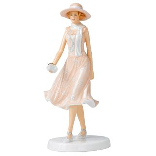 Royal Doulton Heroines Daisy HN 5680 | Royal Doulton® Official US Site