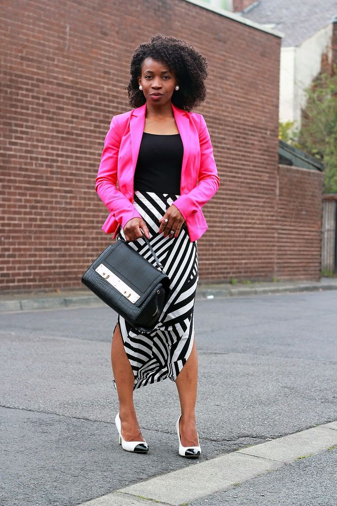 work-office-style-chic,black and white heels, side slit maxi skirt ...