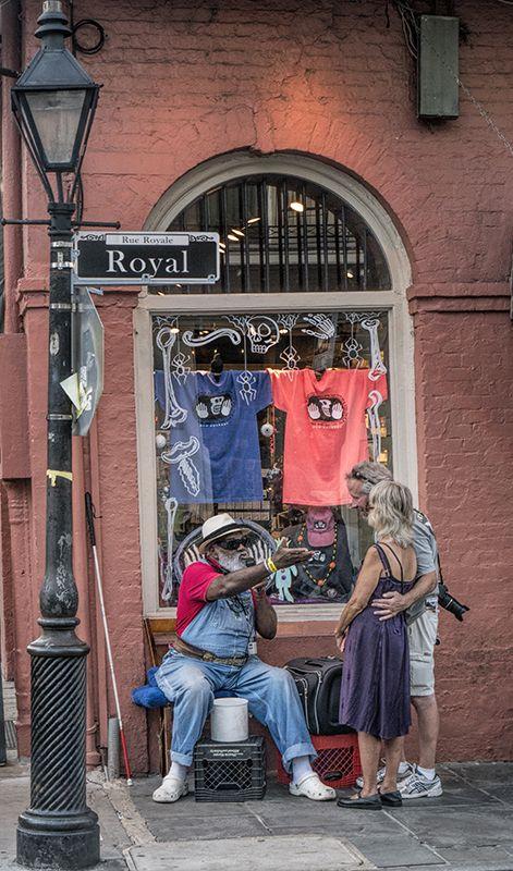 New Orleans Street singer | 1180351 BLOG