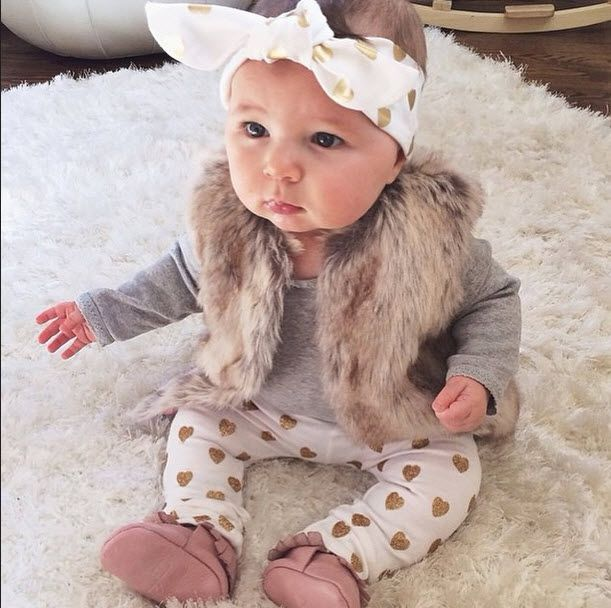 fashionable baby clothes