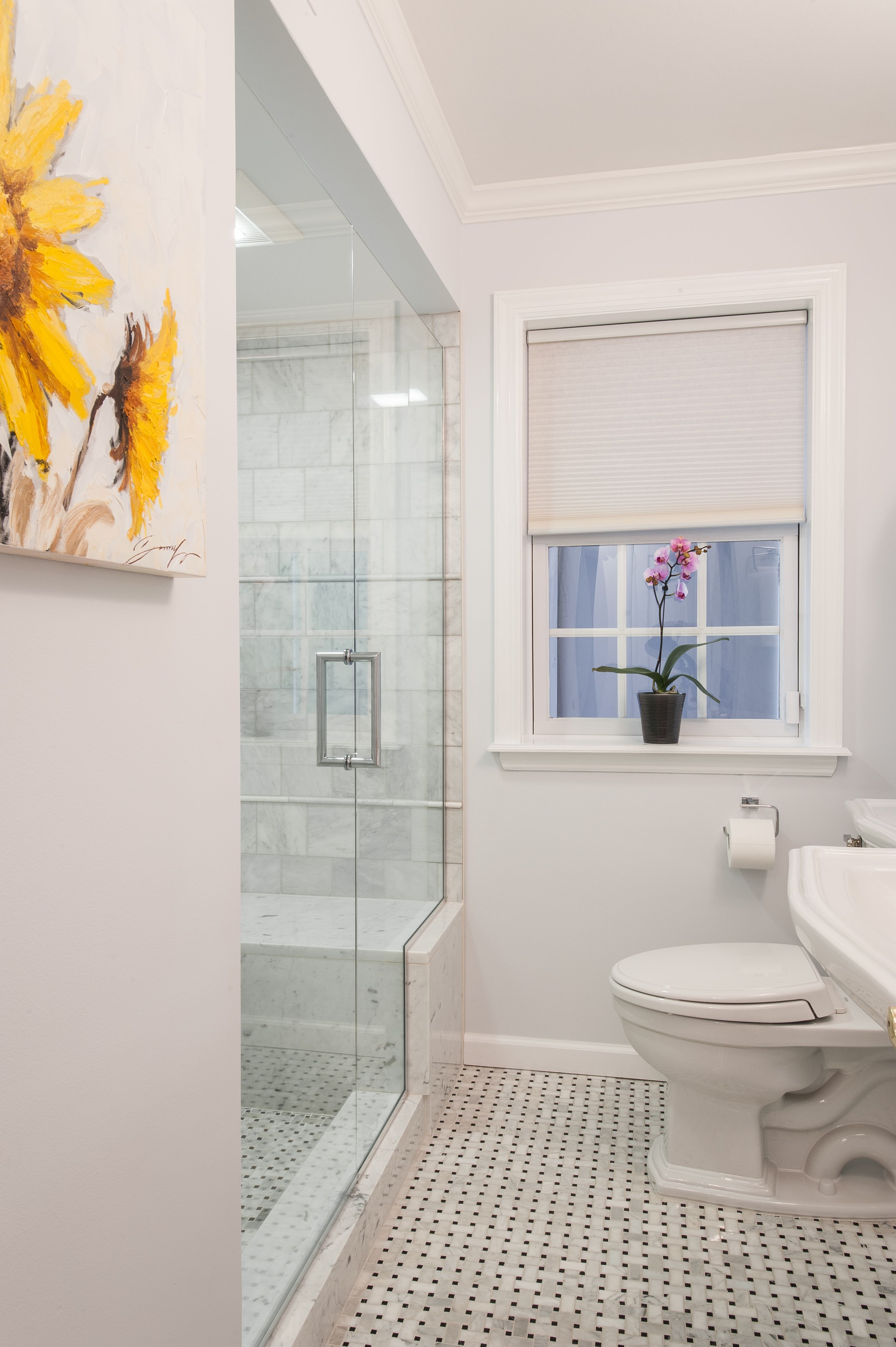 Small Bathroom That S Okay Pairing A Simple Wall With A Fun Floor Will Make It Appear More Spacio Small Bathroom Inspiration Modern Bathroom Tile Bath Girls Simple bathroom for girls