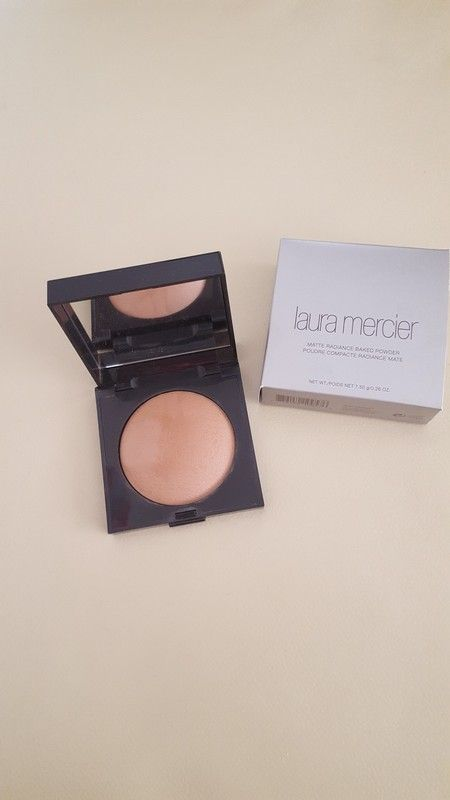 Laura Mercier baked bronzing powder no 03