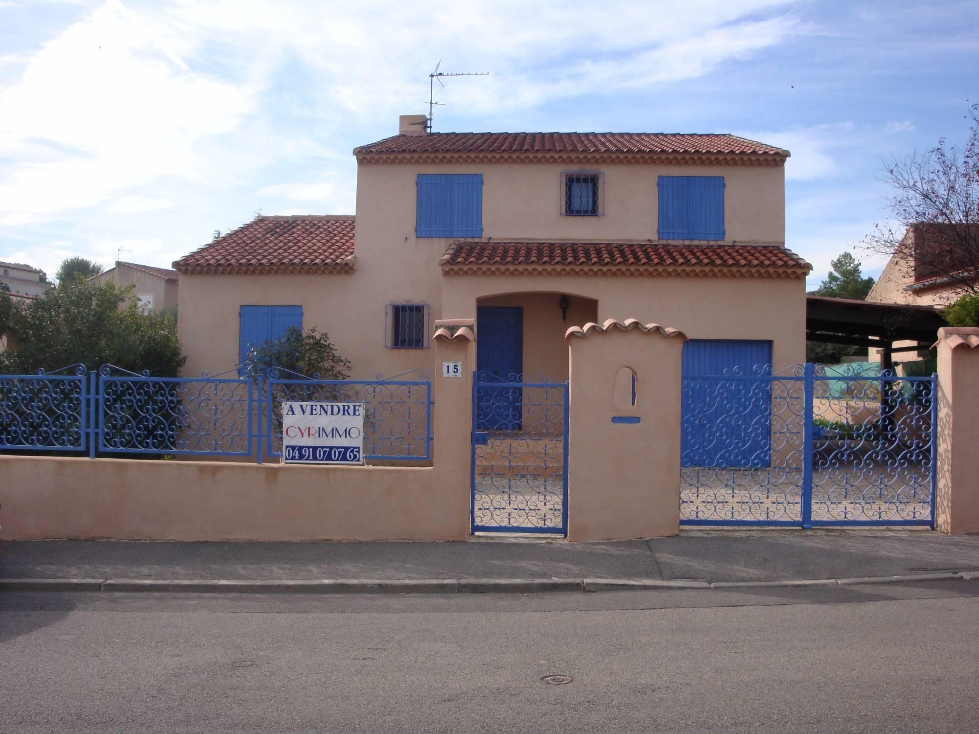Location De Maison De Ville Avec Etage Riez Agifim 13