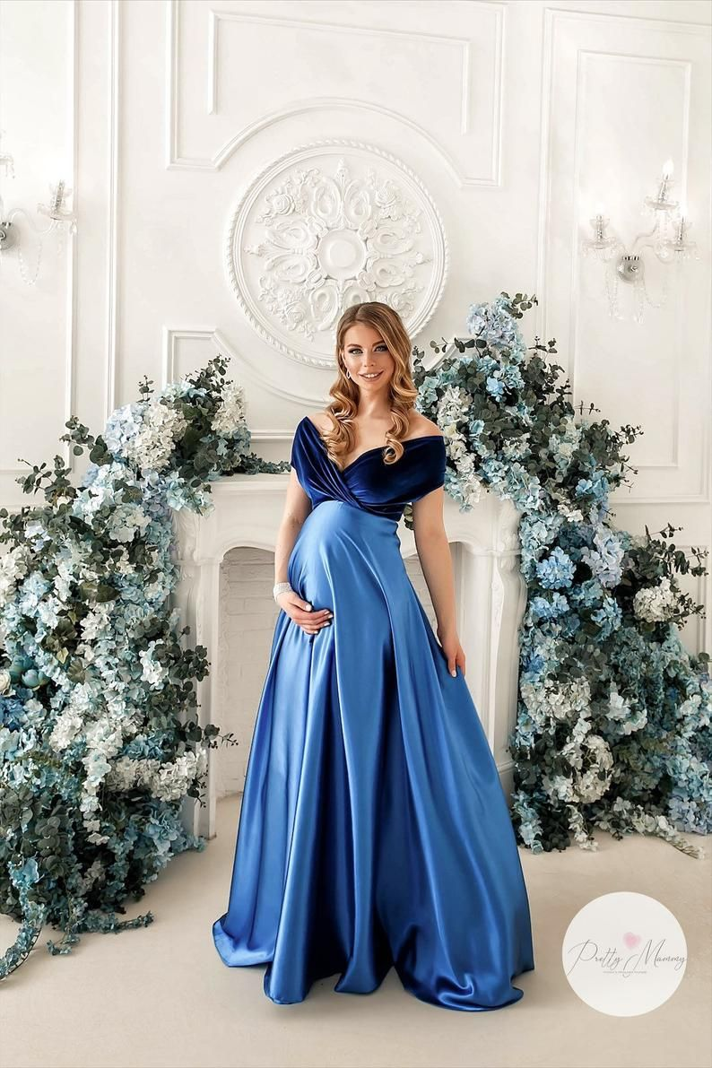 "Maternity gown for photoshoot ""Lara"" or for different occasions"