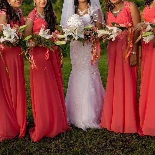 351d190826 20 Bridesmaid Dresses You Can Get On Amazon That Your Friends Will Actually  Want To Wear