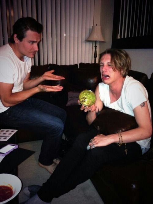Jamie Campbell Bower eating all of Kevin Zegers guacamole again. This pic gave me the idea for #Guacacorn lol!