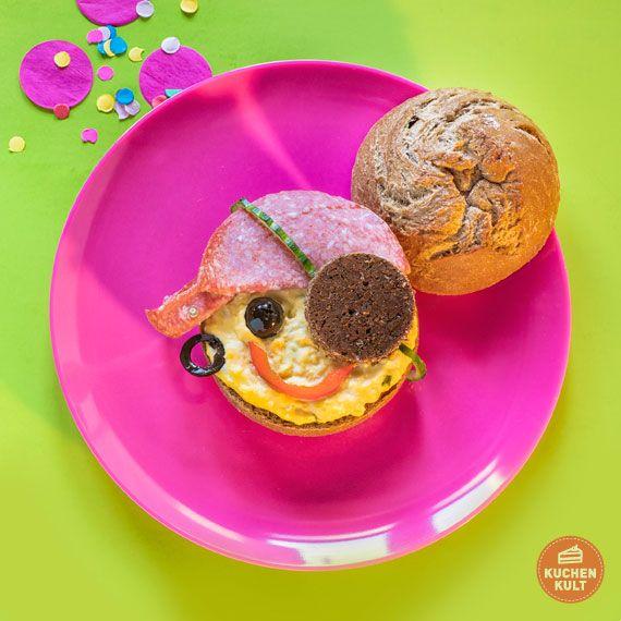 Fun Food Zu Karneval Kostumierte Brotchen Als Partysnack