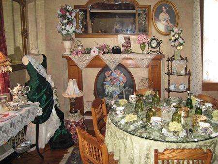 Victorian homes and decor on pinterest victorian decor for Tea room design quarter