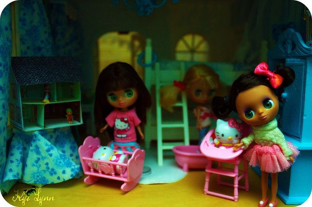 Play time #dollhouse #blythe #petite #miniature #bedroom