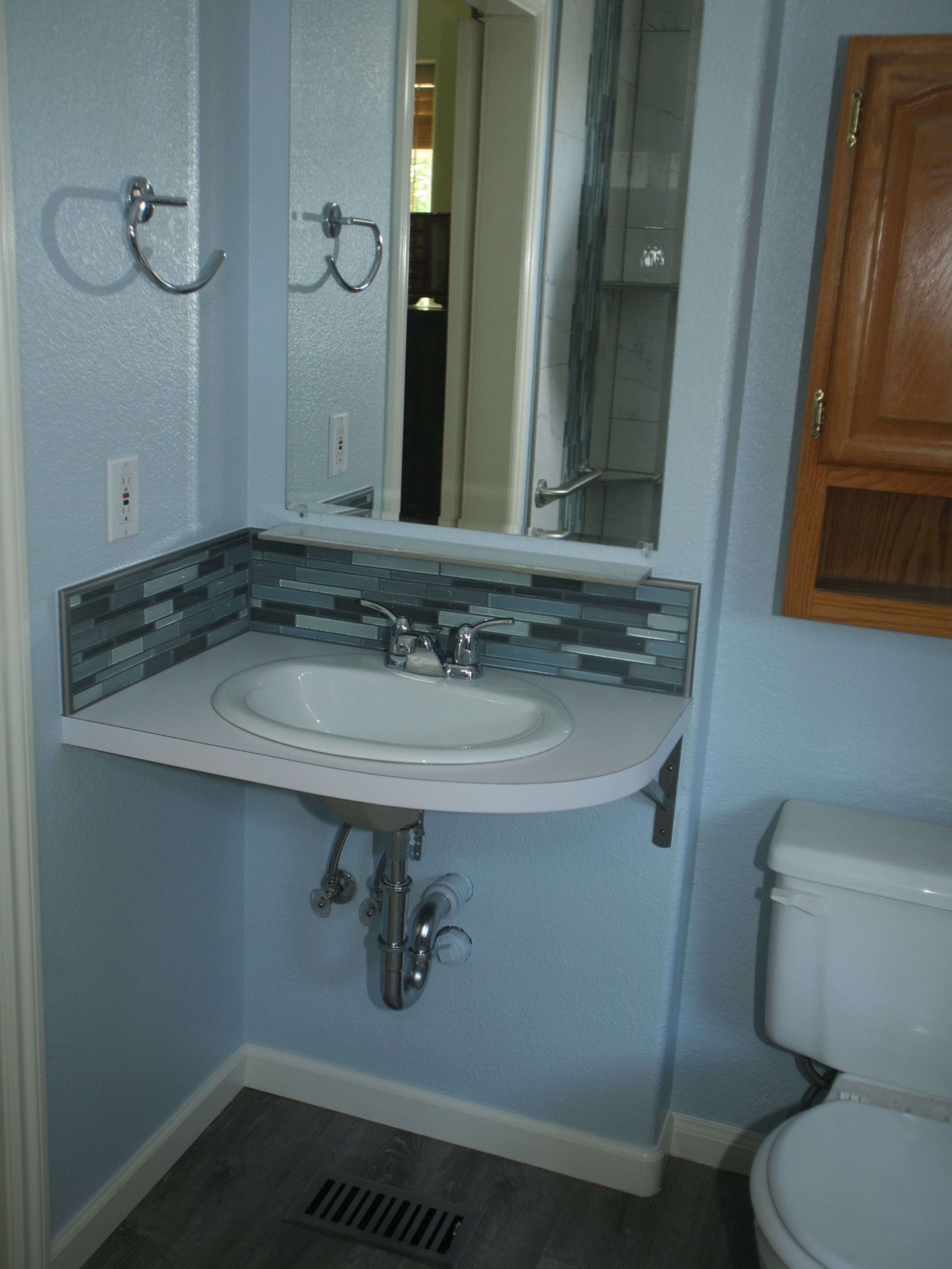 Bathroom Sink Without A Cabinet Box Or Pedestal Simple Design
