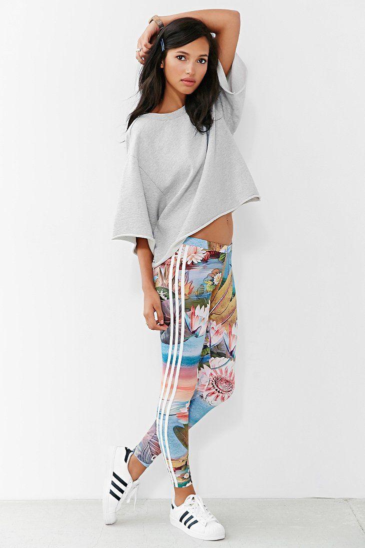 adidas Originals Curso Legging - Urban Outfitters  00033400b4b