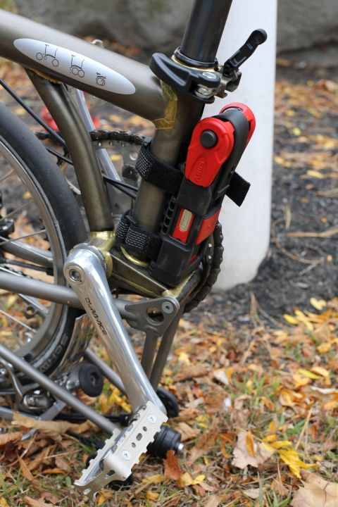 How To Attach A Lock To A Brompton Brompton Urban Bike Bicycle