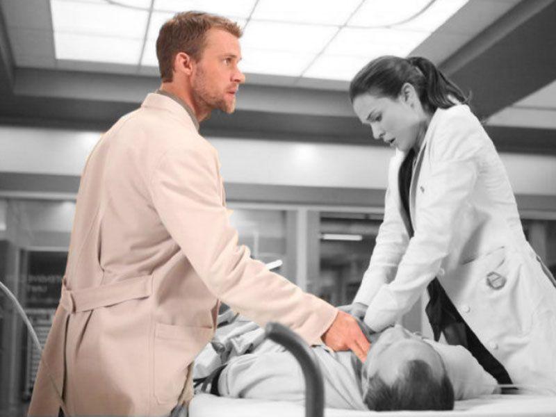 Quer saber tudo sobre a equipe médica mais famosa do mundo? Veja detalhes sobre os subordinados de Dr. House http://r7.com/UBnv