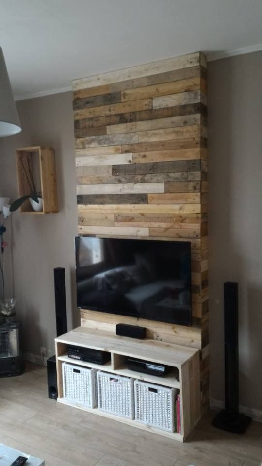 wall from pallet wood mur en bois de palettes pallet project pinterest pallet wood tv. Black Bedroom Furniture Sets. Home Design Ideas