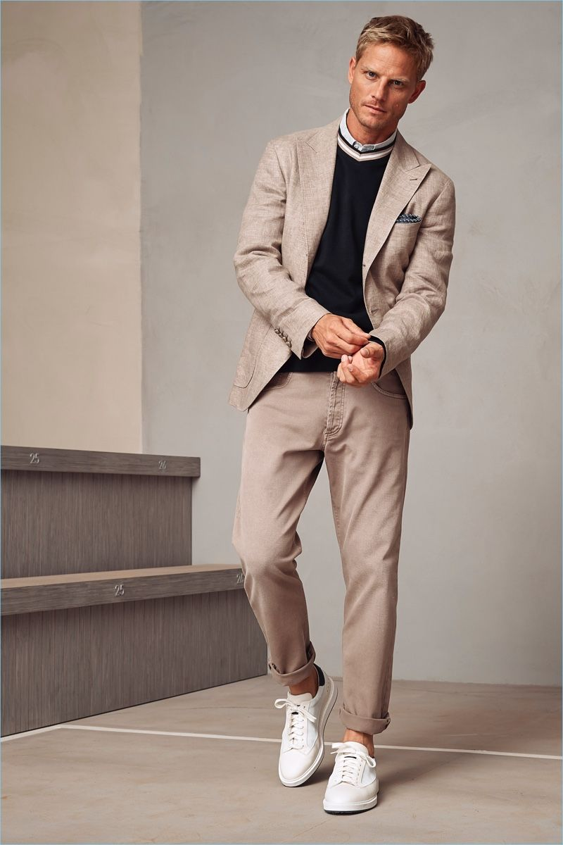 cf19fe488fd1 Brunello Cucinelli presents its spring-summer 2018 men's collection.