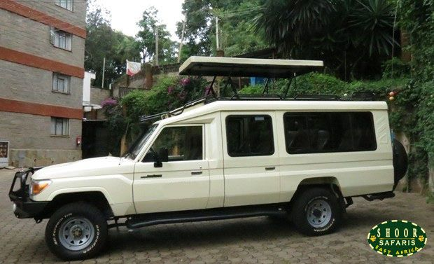 Safari Land Cruiser Jeep Used For African Safari Game Drives
