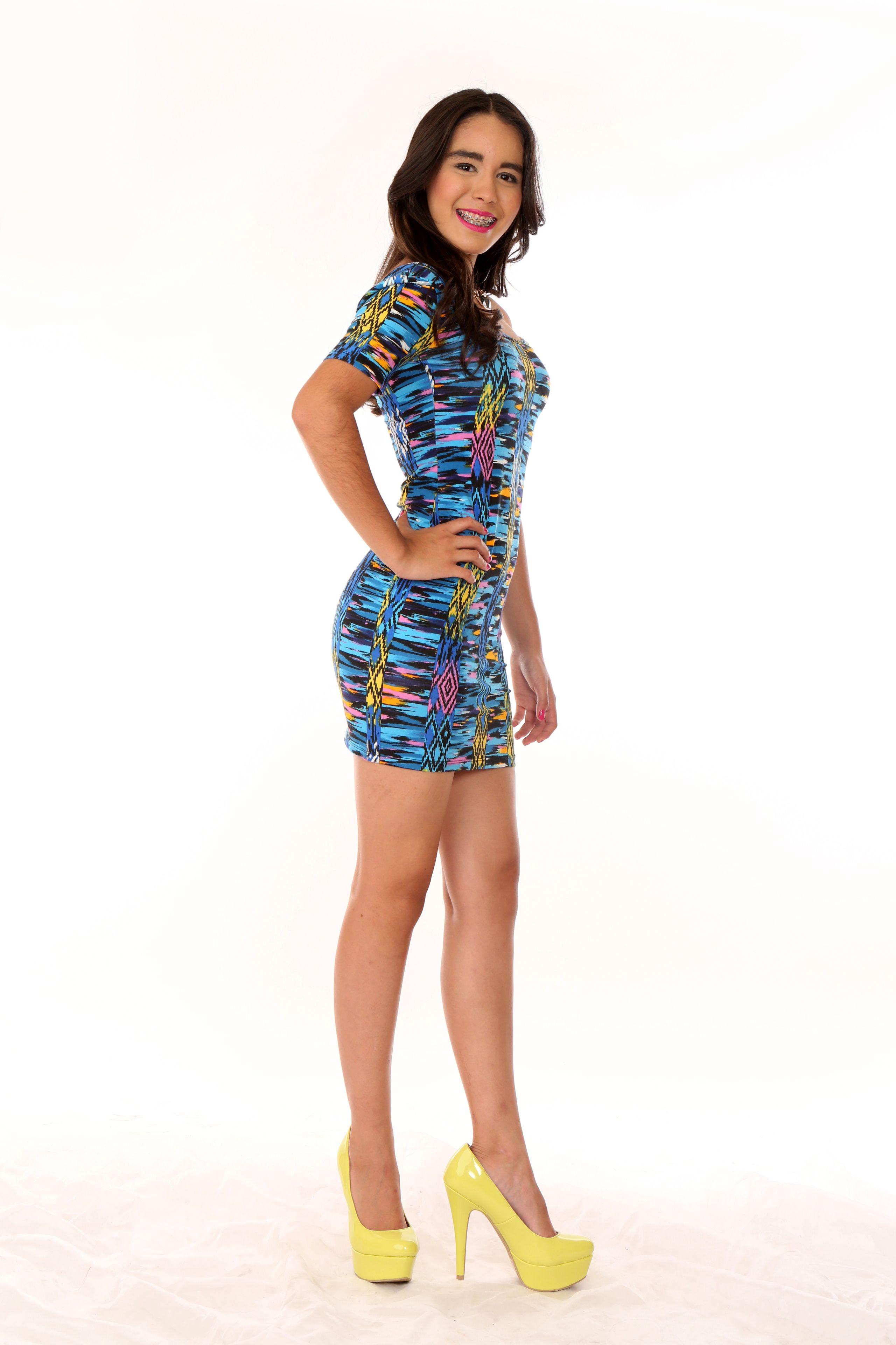 65aa511fd Vestido en Licra Techno Estampada. Disponible en diversos colores.  Disponible en tallas XS
