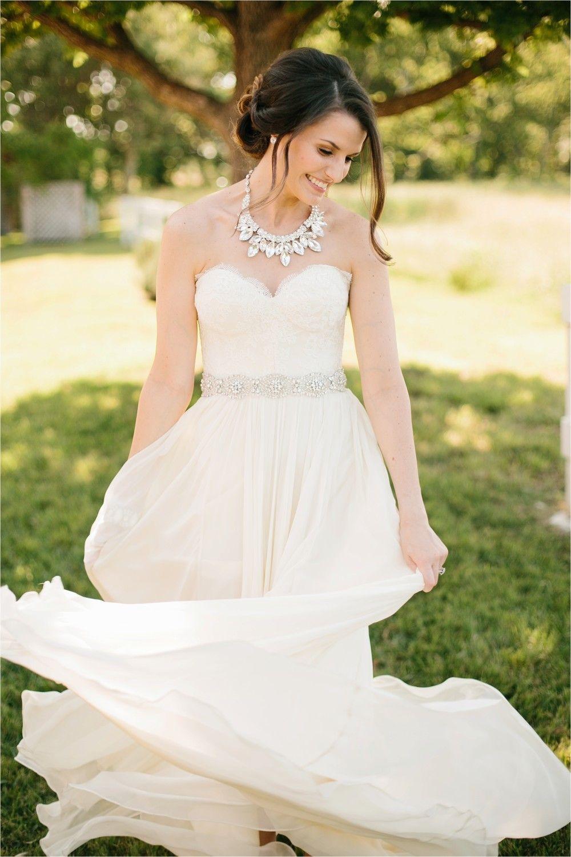 Flowy Wedding Dress Tiffany Josh An Elegant Laid Back Outdoor At Willow Creek Ranch In Waxahachie TX By North Texas Photogra