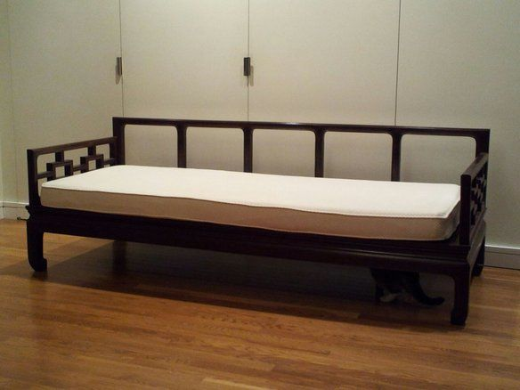 Loading daybed hollywood regency and regency for Chinese style sofa
