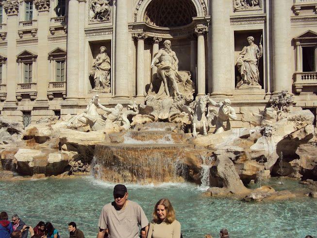 Fontana di Trevi - Itália entrou na lista de lugares mais bonitos que eu já vi. Foto by @adrianagazzo