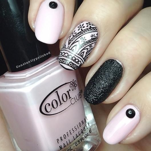 Tuesday Nail Polish: Tuesday's #NailCall: Holiday Designs And Holographic Looks