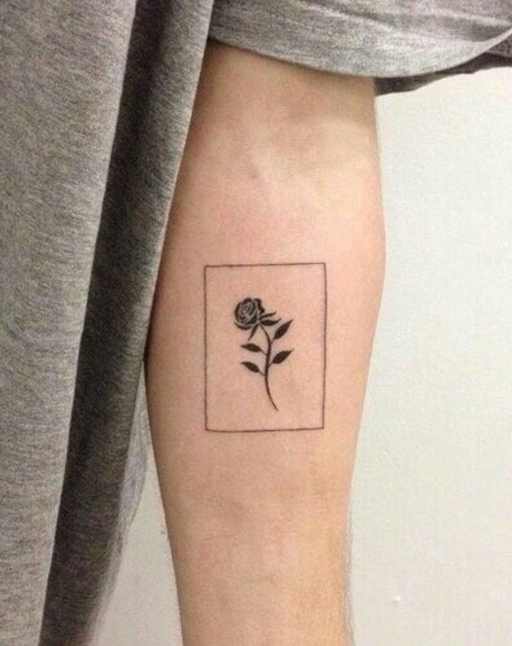 8f717ab81a19d Uploaded by Glamor 205. Find images and videos about grunge, flowers and  tattoo on